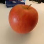 Cette pomme a été achetée il y a 6 mois ! Les géants de l'agroalimentaire tiennent l'humanité en otage