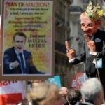 """France : """"La fête à Macron"""" attire des dizaines de milliers de manifestants à Paris"""