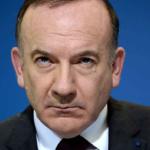 France : Le salaire sous la SMIC proposé par Pierre Gattaz