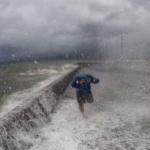 Climat : Des images apocalyptiques durant le passage du typhon Jebi au Japon