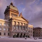 Suisse : les politiques véreux sont poussés vers la sortie