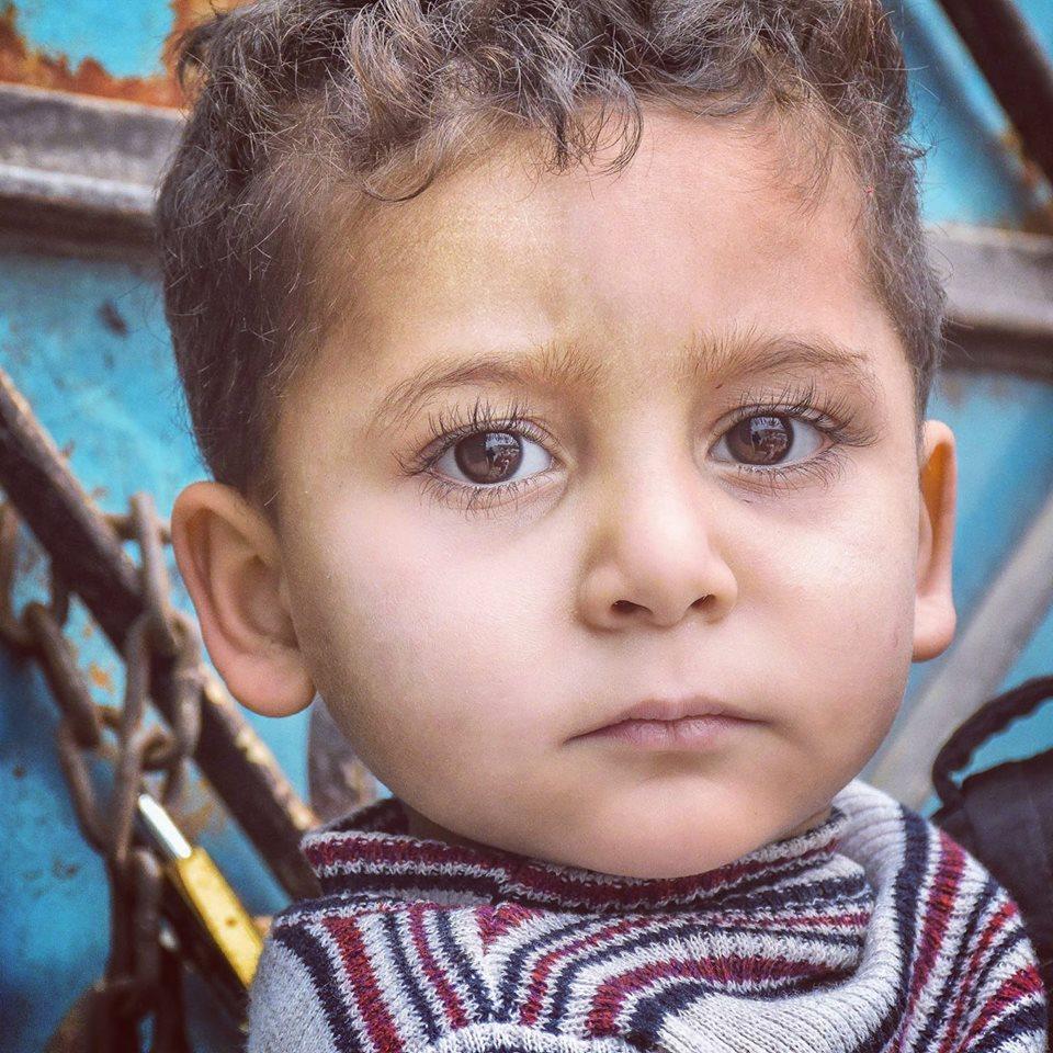 l image du jour enfant de syrie enfant de lumi re final s cape. Black Bedroom Furniture Sets. Home Design Ideas