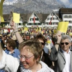 Démocratie directe : La landsgemeinde de Glaris en Suisse