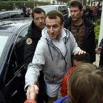 Communication & manipulation : CNews utilise des images de 2018 pour illustrer le «bain de foule» de Macron au Touquet