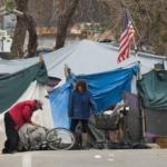 En Californie, les villes sont peuplées…de sans-abri. Face à des loyers indécents et des autorités dépassées, ils seraient 130 000 à dormir dans les rues.