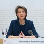 Coronavirus: La Suisse durcit ses mesures mais écarte tout confinement